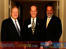 Group Photo of: Bernhard Schutte, Ken Haiko and Jim Tarlton known as JT.From Left to right: Bernhard Schutte, CEO of Digital Media Network (DMNI), Ken Haiko, Chairman, Board of Supervisors of Florida Space Authority and Jim Tarlton, President & CEO of the Broward Alliance.